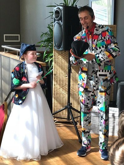 Communion party entertainer